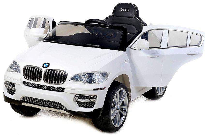 L'auto elettrica Lamas Toys BMW X6 con entrambe le portiere aperte, per consentire un'agevole salita e discesa da ambo le parti