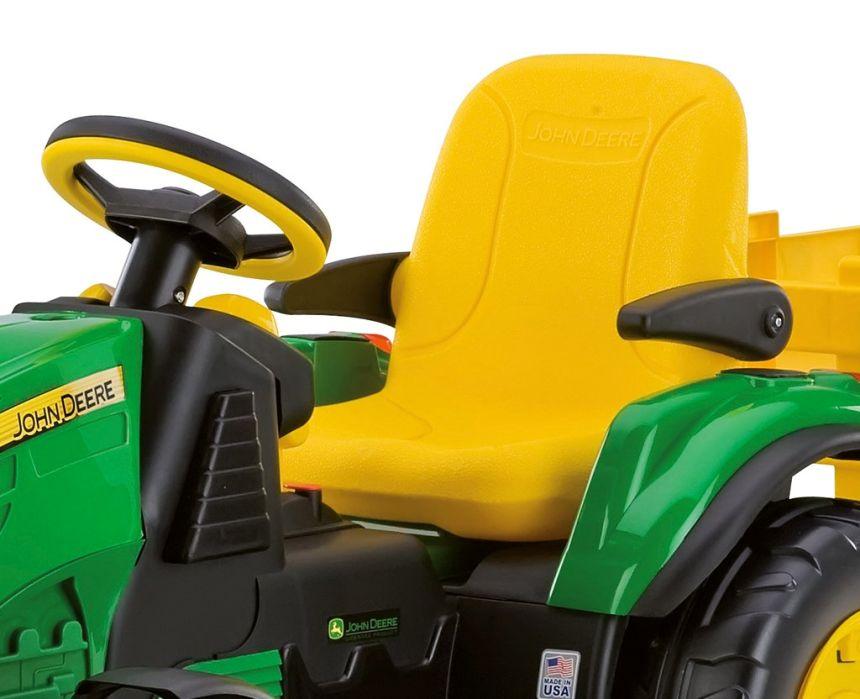 Il comodissimo sedile con braccioli retraibili del trattore elettrico Peg Pérego John Deere Ground Force